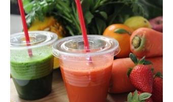 野菜ジュースで栄養は摂れるのか?