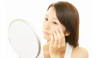 正しいスキンケアは化粧品選びよりも重要